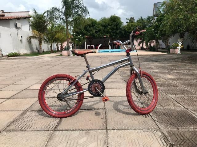 Bicicleta Pers. Vermelha - Foto 3