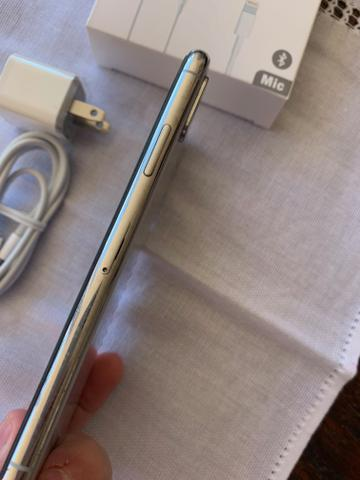 IPhone X 256GB Silver - praticamente sem uso - novissimo - completo - Foto 5