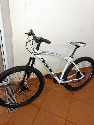 Bicicleta aro 29 troco ou vendo   - Foto 2