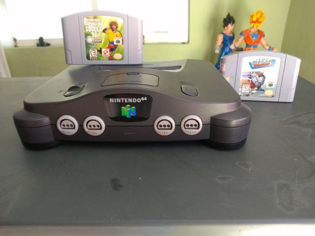 Nintendo 64 Console + 2 jogos originais + cabo av - Foto 4
