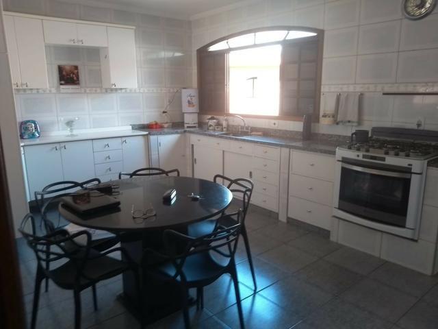 Vendo- Casa com três dormitórios em São Lourenço-MG - Foto 12