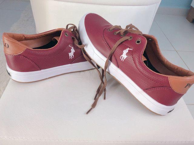 Lindo sapatênis vermelho masculino