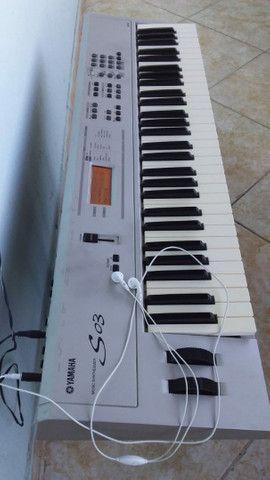 Teclado Sintetizador Yamaha S03  - Foto 2