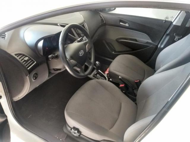 Hyundai HB20S 1.6 Flex  - Automtico - 2014 - Foto 8