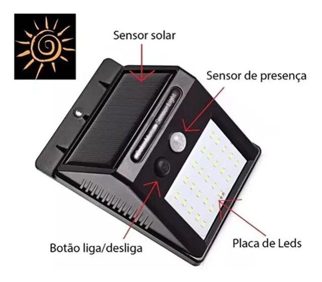 Luminária Autônoma (Sensor de presença, carregamento energia solar) Arandela - Foto 3