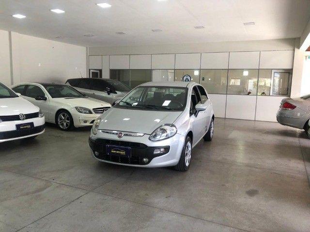 Fiat Punto Attractive 1.4 Completo carro Semi Novo 2015 - Foto 2