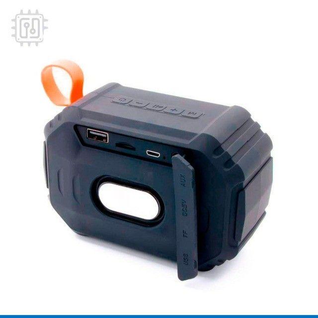 Caixa De Som Bluetooth Portátil Rádio Resistente À Água Som Potente - Foto 4
