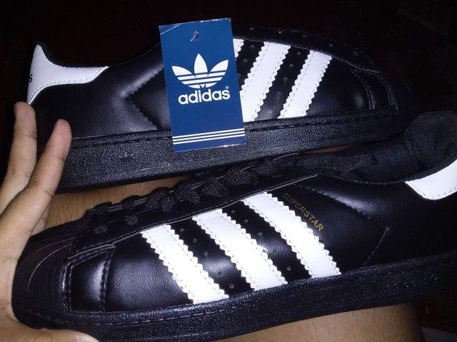 Tênis da Adidas novo, número 40