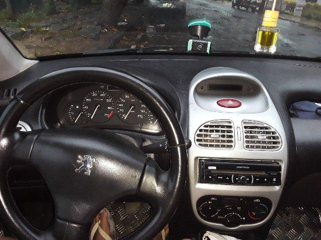 Peugeot 206 1.4 8v ano 2004