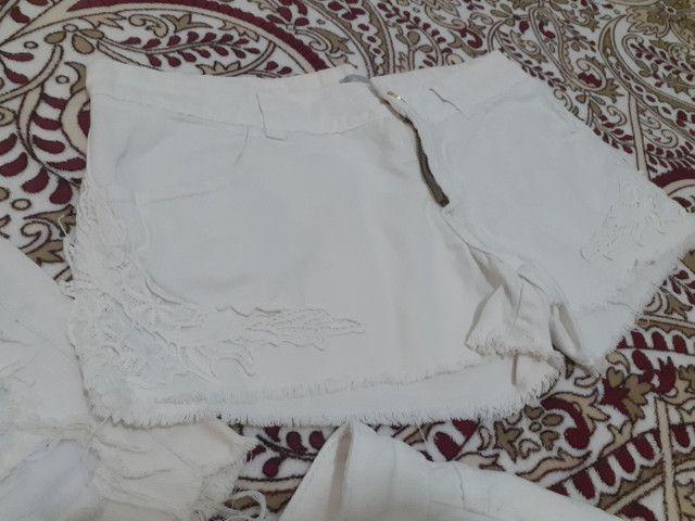 Short jeans e saia jeans (36 e 38) semi novos - Foto 6