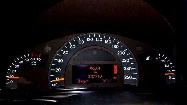 ANTIGUIDADE: Troco por utilitários (Kangoo) ou Vendo Mercedes C-180 Classic Plus Elegance - Foto 4