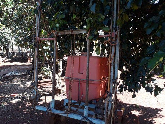 Pulverizador 200 litros - Foto 5