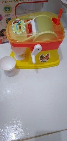 Máquina de sorvete que faz sorvete de verdade original - Foto 2