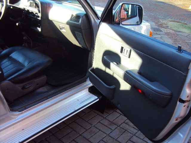 Hilux sr5 2.8 2001/01 diesel 4x4 completa reliquia !!! - Foto 13