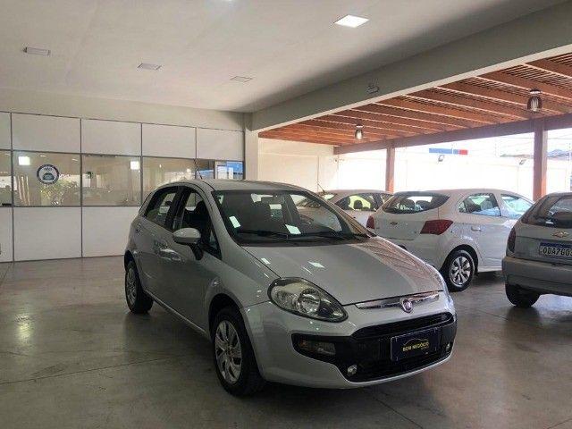 Fiat Punto Attractive 1.4 Completo carro Semi Novo 2015 - Foto 3