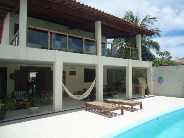Magnífica Casa Duplex na praia do Poço, medindo 351,92m², 5 quartos, 5 suítes, piscina
