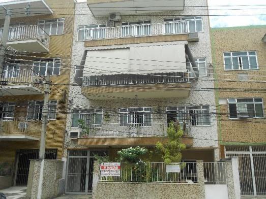 Apartamento com 3 quartos de 80 m² em condomínio fechado