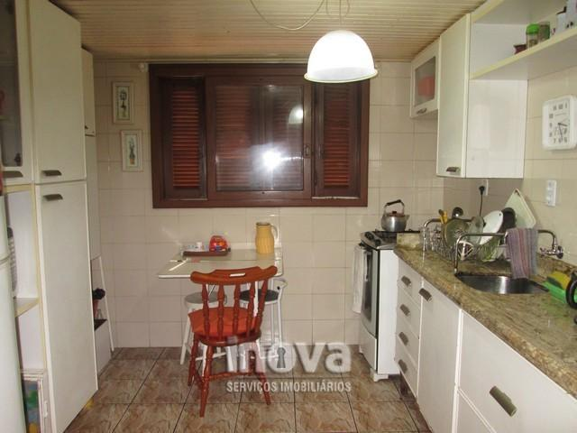 Casa de 04 dormitórios no centro de Imbé - Foto 9