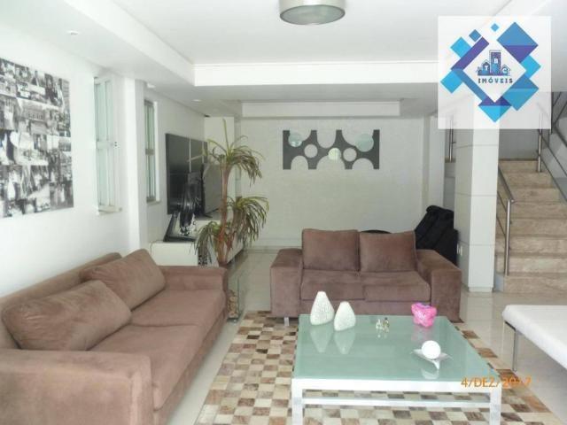 Casa Projetada com elegância e conforto à venda, Vila União, Fortaleza.
