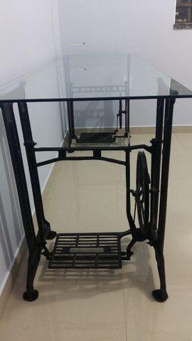 Mesa Escritório Pé Máquina de Costura Ferro e Vidro 8mm - Foto 4