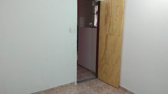 Aluguel de Casa ampla, 2 quartos, Sala, Cozinha, 2 Banheiros. Jacarepaguá - Foto 5