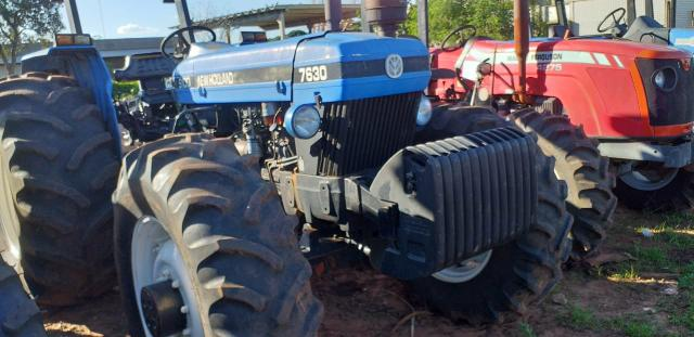 Trator New Holland 7630 4x4 ano 2004/2005 - Foto 6