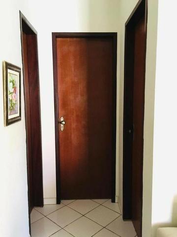 Casa Situada no bairro de Nova Parnamirim com excelente localização - Foto 2