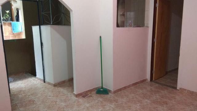Aluguel de Casa ampla, 2 quartos, Sala, Cozinha, 2 Banheiros. Jacarepaguá