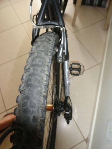 Bicicleta Specialized Hard Rock Sport 26 - Foto 5