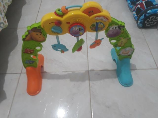 2 andador e 1 brinquedo - Foto 3