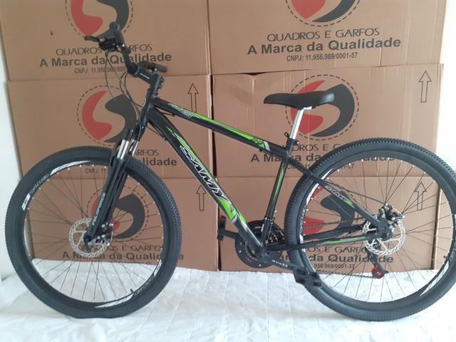 """Bicicleta 29"""" tem 19"""" susp+disco - Foto 2"""