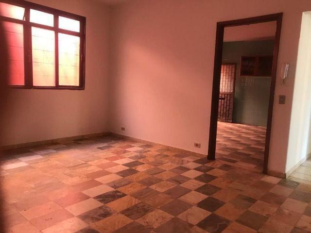 Casa - 4 quartos, setor dos funcionários, ótima oportunidade - Foto 3