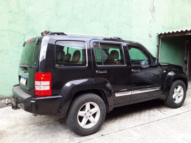 Jeep Cherokee Limited 2012 - Foto 2