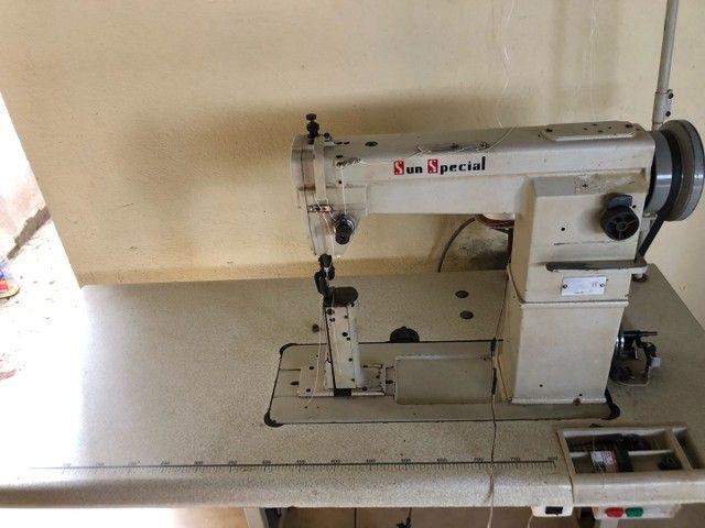 Máquina de costura, reta, coluna