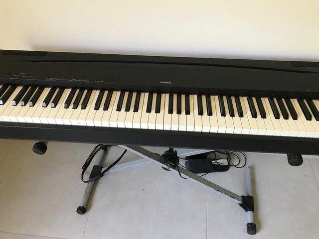 Piano eletrônico P70 yamaha  - Foto 2