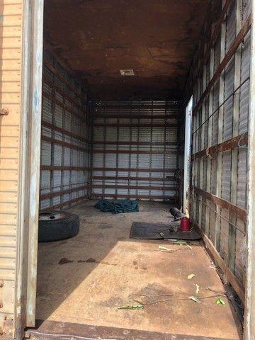 Baú caminhão 5.50x2.60x2.20 - Foto 2