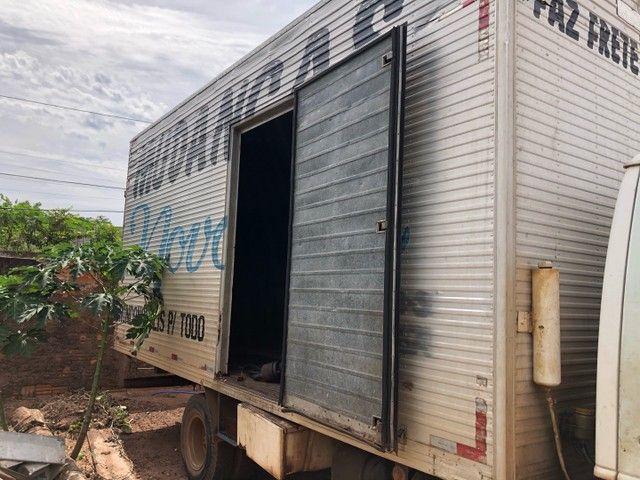 Baú caminhão 5.50x2.60x2.20 - Foto 4