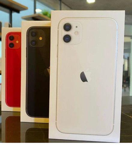 IPhone 11 64gb novo 12 meses de garantia
