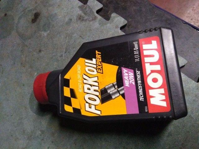 Oleo para Suspensão de moto Motul heavy 20W