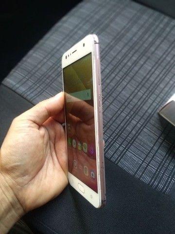 Zenfone 4 selfie 64gb e 4de RAM  - Foto 4