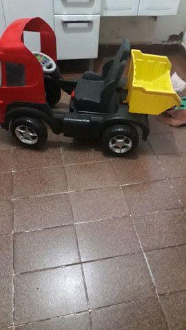 Bicicleta infantil/caminhao de pedal infantil - Foto 5