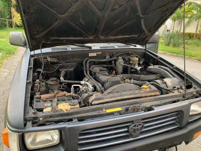 Toyota Hilux 4cd sr5 Diesel 2000 2.8 4x4 (cabine dupla) - Foto 6