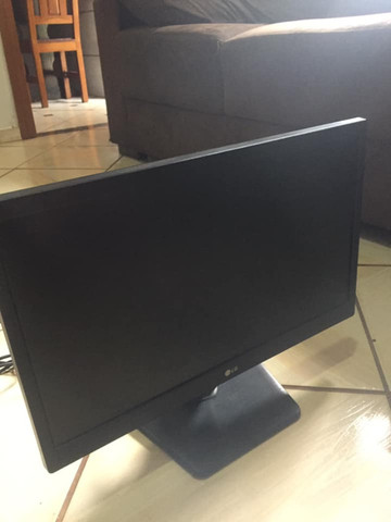 Monitor LG Modelo 20M37AA