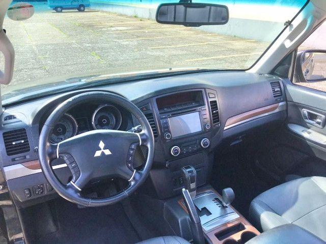 Mitsubishi Pajero Full 3.8 Hpe 4x4 Gasolina Aut 4p 2011 - Foto 7