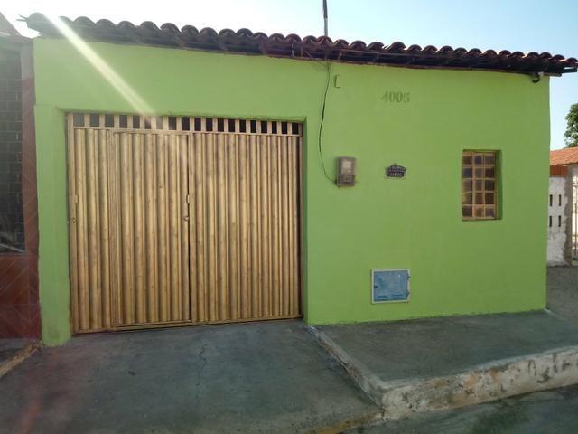 Casa + Ponto Comercial em Cascavel em Avenida no Bairro Vila Pacheco