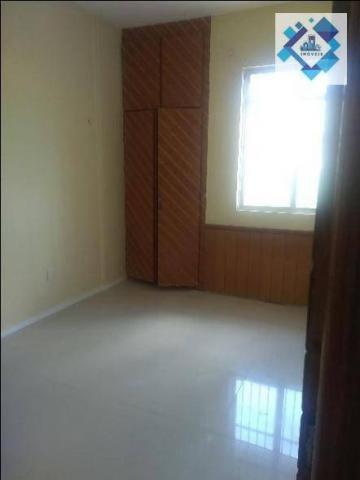 Apartamento no 3º andar, varanda, ampla sala em L, bairro jacarecanga. - Foto 6