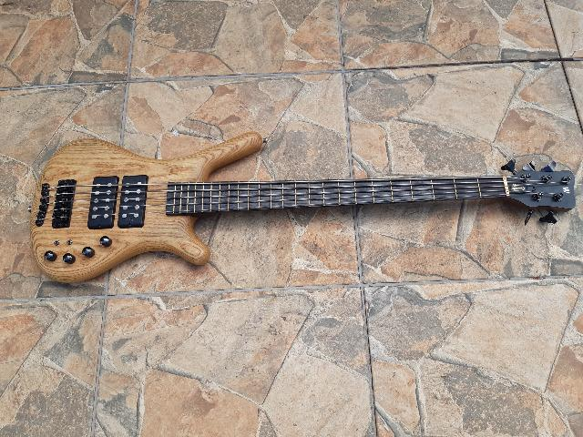 Baixo Warwick Corvette Double Buck 5 Made in Germany