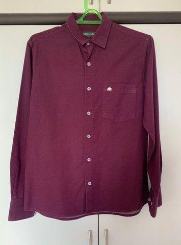 03 (três) camisas sociais de marca ( novas) - Foto 3