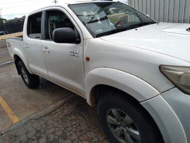 Toyota Hilux 2013 Branca apenas R$ 89.999 a vista ou R$ 91.999$ pego seu carro na troca - Foto 5