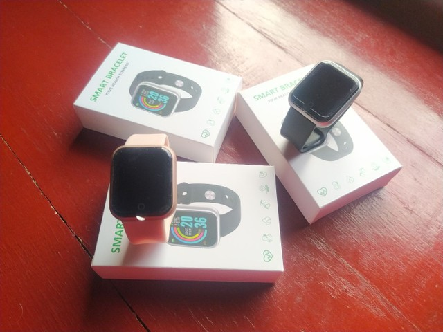 Relógio smartwatch D20/Y68 ideal para presentear neste dia das mães